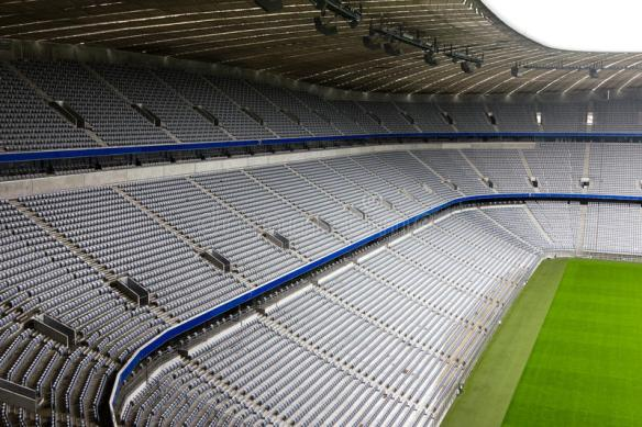 estádio-de-futebol-vazio-18476071